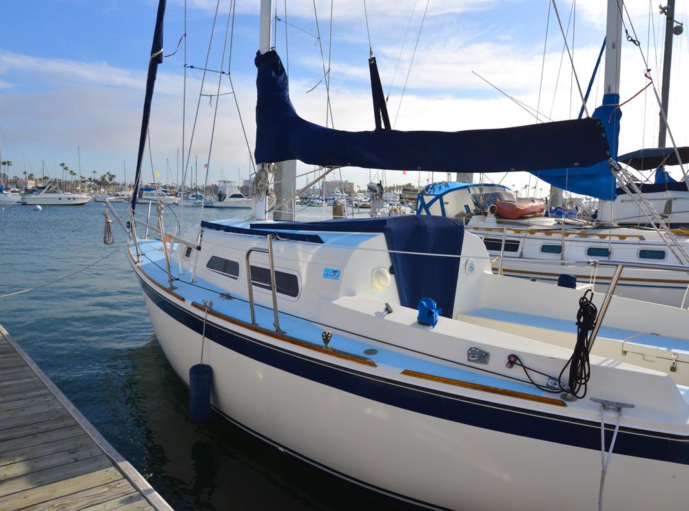 boat marina column